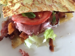 Club sandwich using low carb ricotta crepes